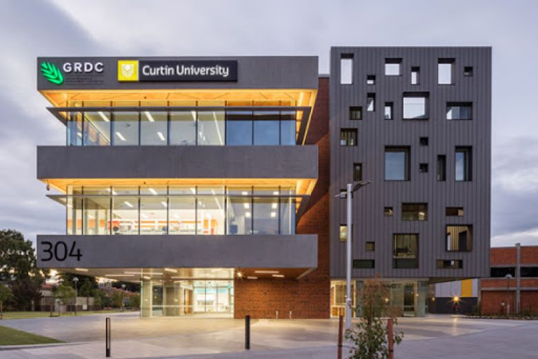 2019 Curtin University Dubai - Scholarships