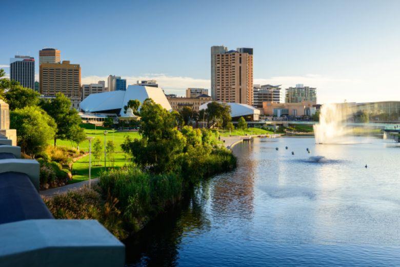 مستقبل باهر ينتظر القطاع التعليمي الدولي في أديلايد - أستراليا
