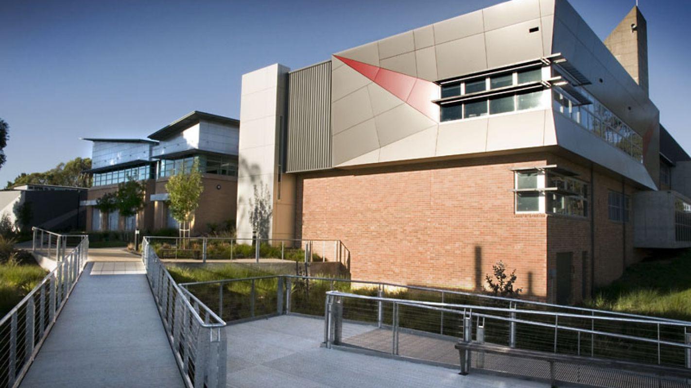 Charles Sturt University Campus 3
