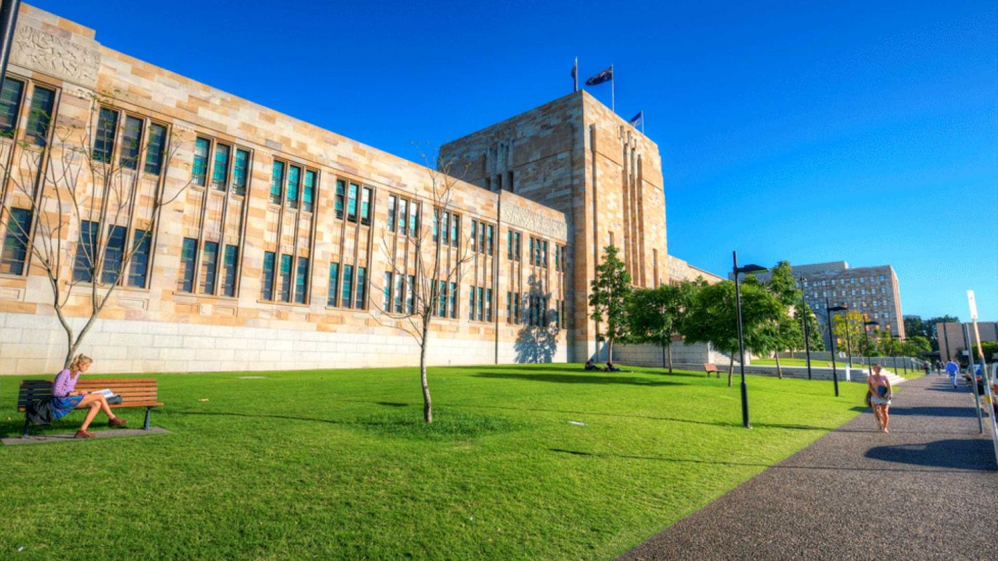 Want to Study at The University of Queensland? | StudyCo