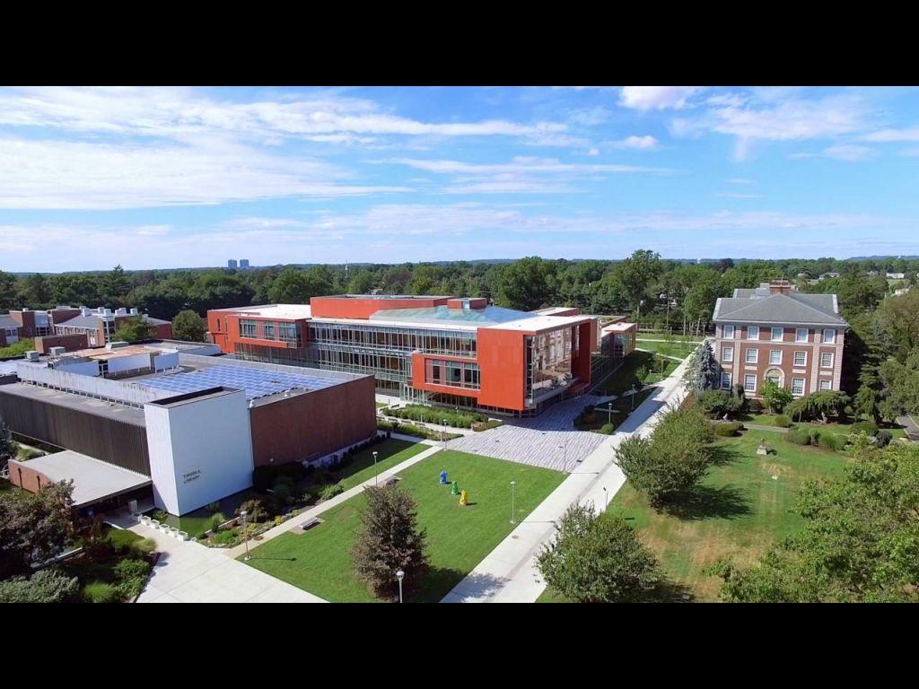 Adelphi University Photo 5