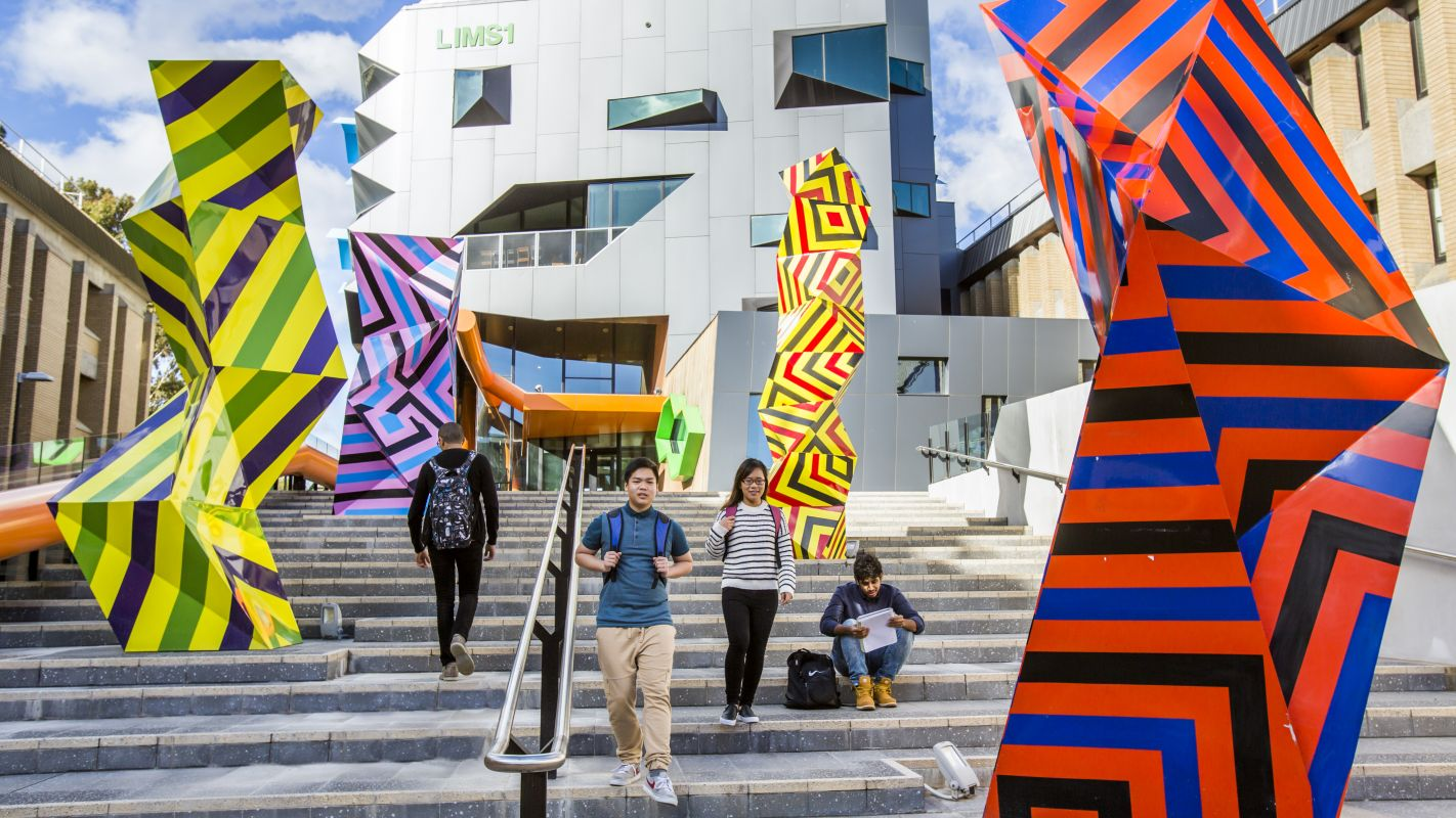 La Trobe University Campus 5
